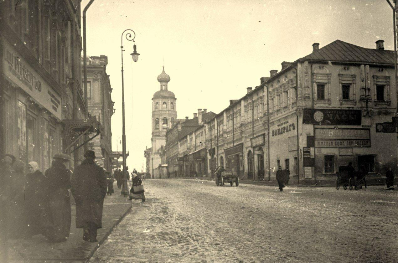 258. Петровка, Вид на Высоко-Петровский монастырь.1910
