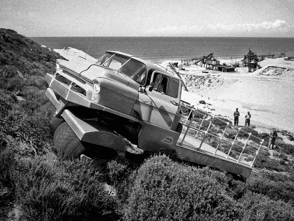 Albee Rolligon Transporter Prototype '1957.jpg