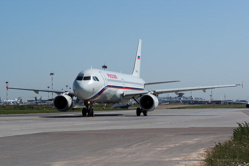 Airbus A320-214 (EI-FAJ) Россия D806212a