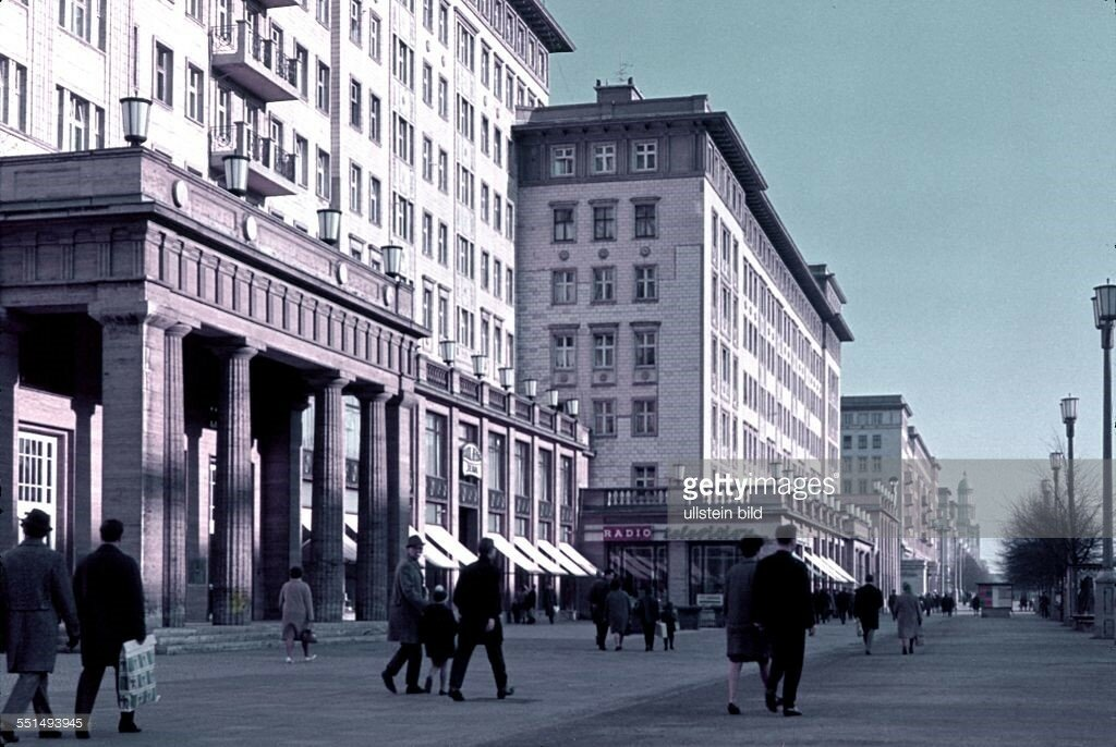 1954 Berlin, East sector Stalinallee.jpg