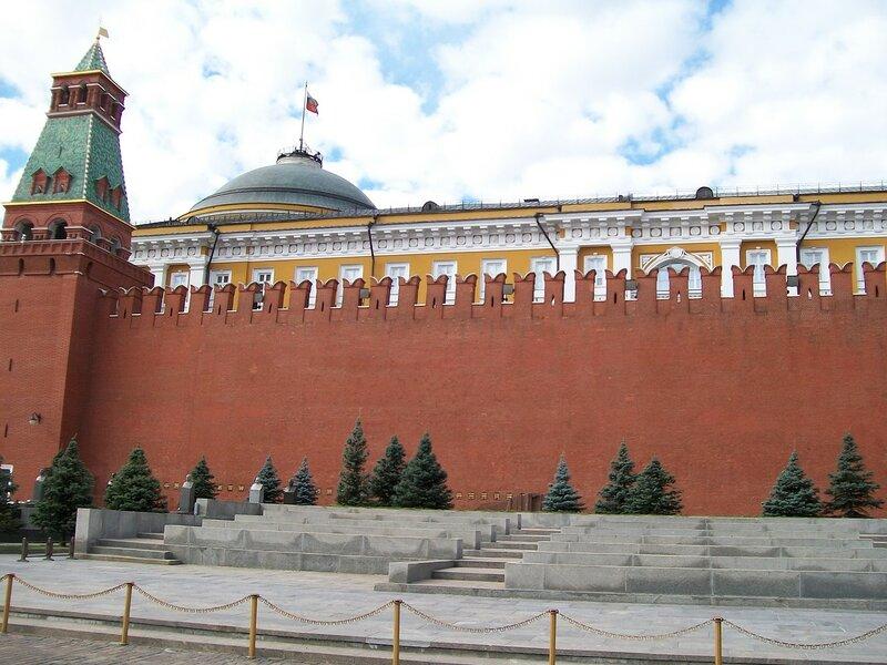 Говорил. некрополь у кремлевской стены как попасть что