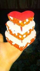 Валентинка-торт в технике квиллинг