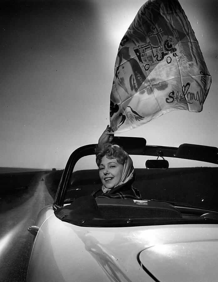1959. Полетт Дюбо позирует для «Симки»