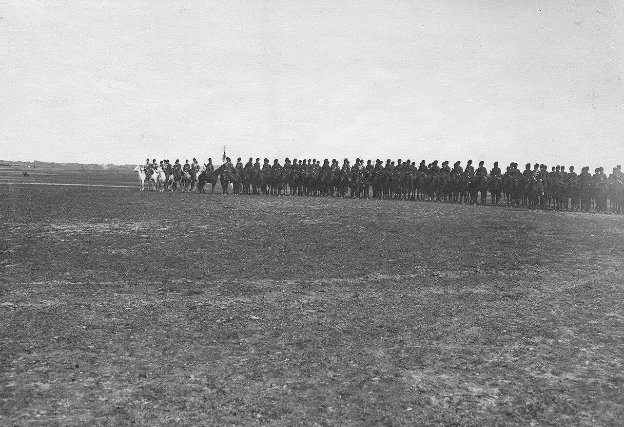 02. Кубанский или Терский казачий полк во время смотра войск