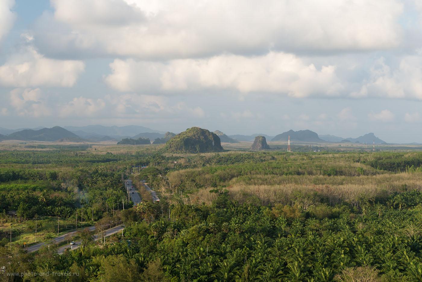 Фото 18. Тайские просторы. Поездка в Чумпхон на автомобиле (250, 70, 10.0, 1/60)
