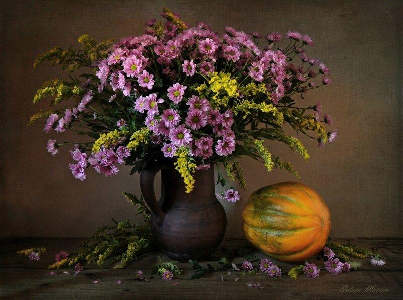 С хризантемами и дыней