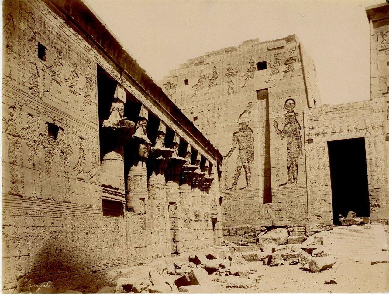 Филе, Восточная колоннада, храм Исиды