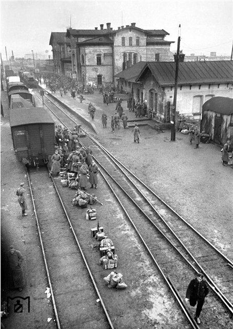 Эвакуация немецких войск из Кировограда, октябрь 1943 г..jpg