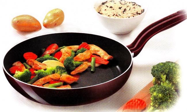 Компания Tefal втечение долгого времени считала, что основным мотивом кпокупке сковород стефлонов