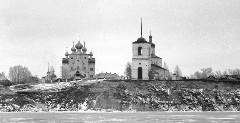 Шенкурские соборы 1890 ЖЖ.jpg