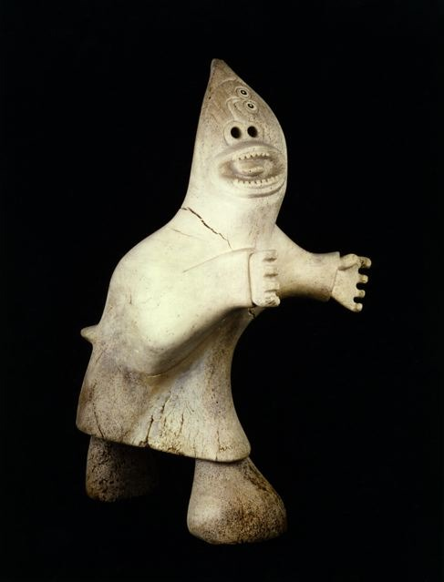 Karoo Ashevak, taloyoak shaman, whale bone 1969.jpg
