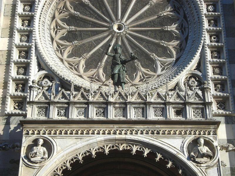 011-балкон, роза и Иоанн Креститель.jpg