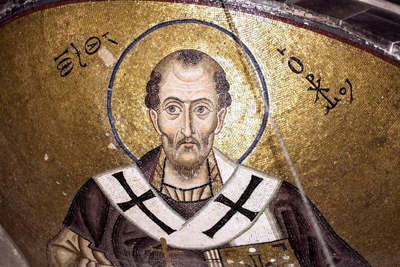 Святитель Иоанн Златоуст, Архиепископ Константинопольский. Мозаика монастыря Осиос Лукас (Преподобного Луки), Греция. 1030 - 1040-е годы.