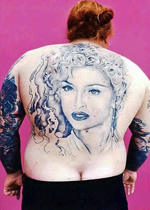 самые-глупые-и-смешные-татуировки19.jpg