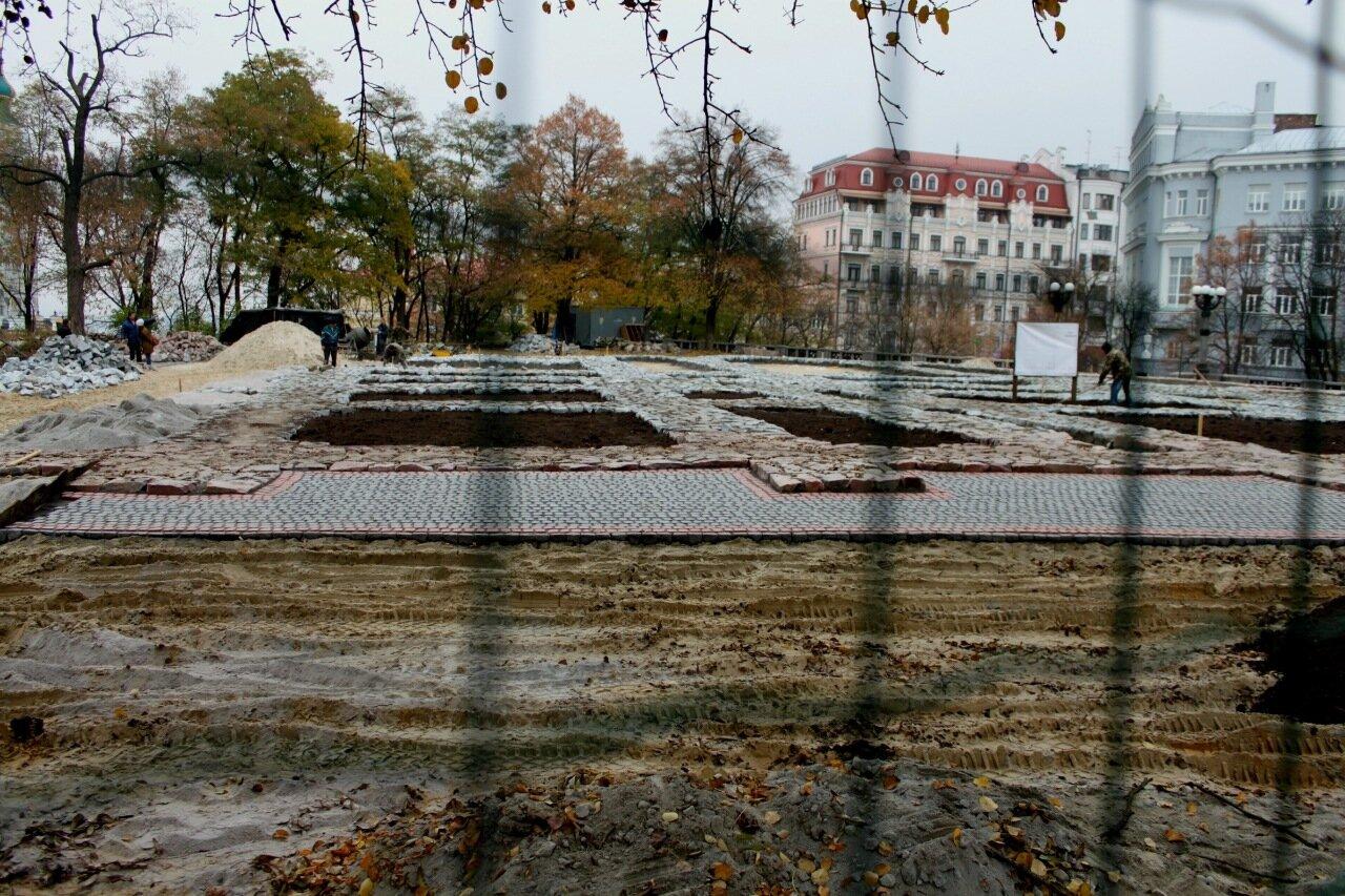 Ход реконструкции фундамента Десятинной церкви