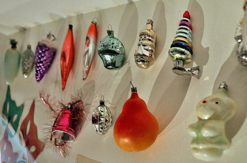 Стеклянные елочные игрушки