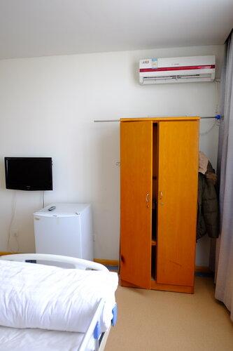 Палата - холодильник и телевизор