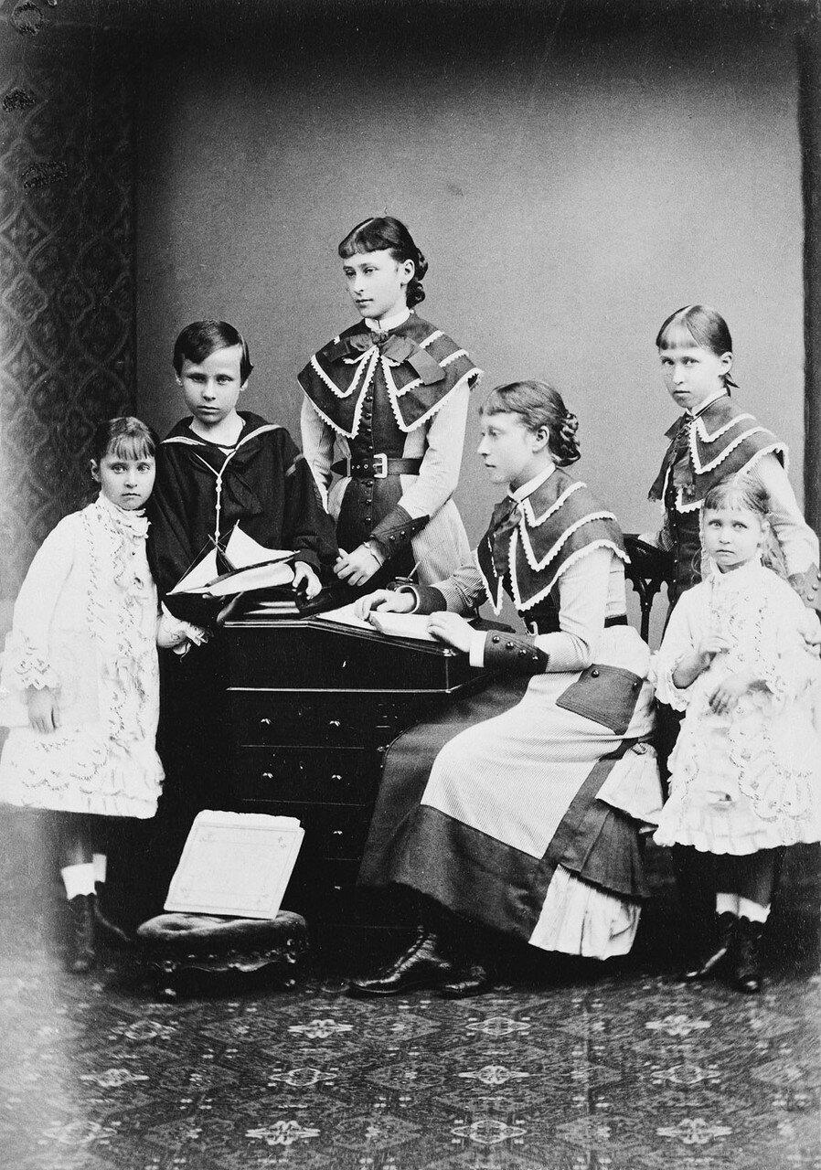 1878. Дети великого герцога Гессенского и Рейнского Людвига IV и герцогини Алисы