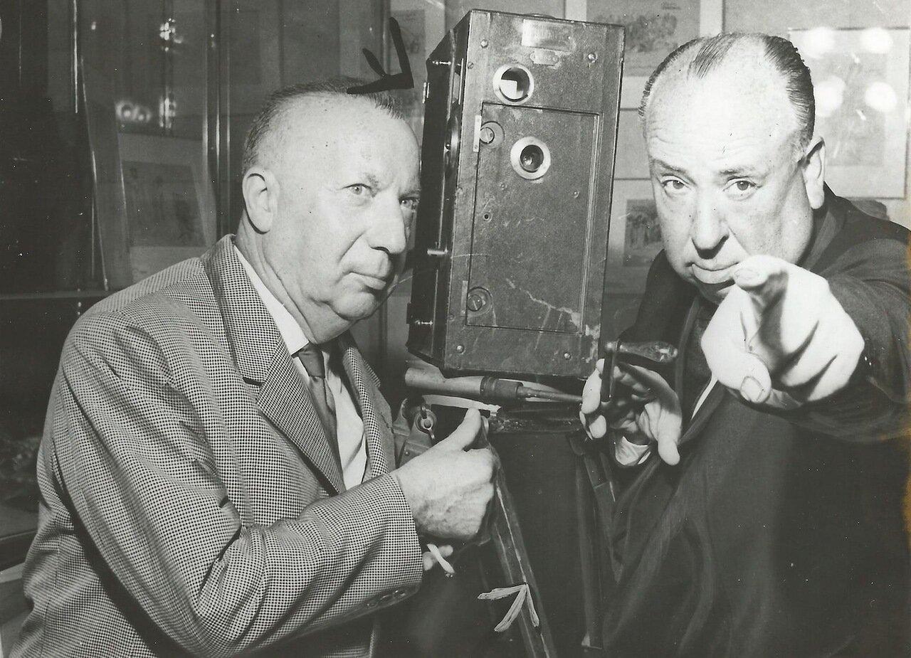 Пьер Дак и Альфред Хичкок на съемках фильма