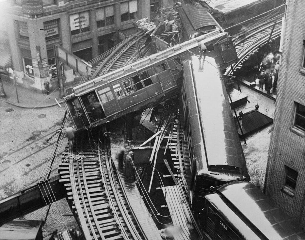 Leslie Jones, Elevated train wreck, Beach Street, Chinatown in Boston, 1928.jpg