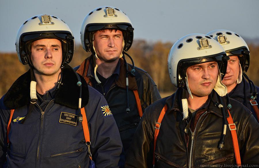 древних времен военные летчики россии фото продовольствия ленинграда прекратилась
