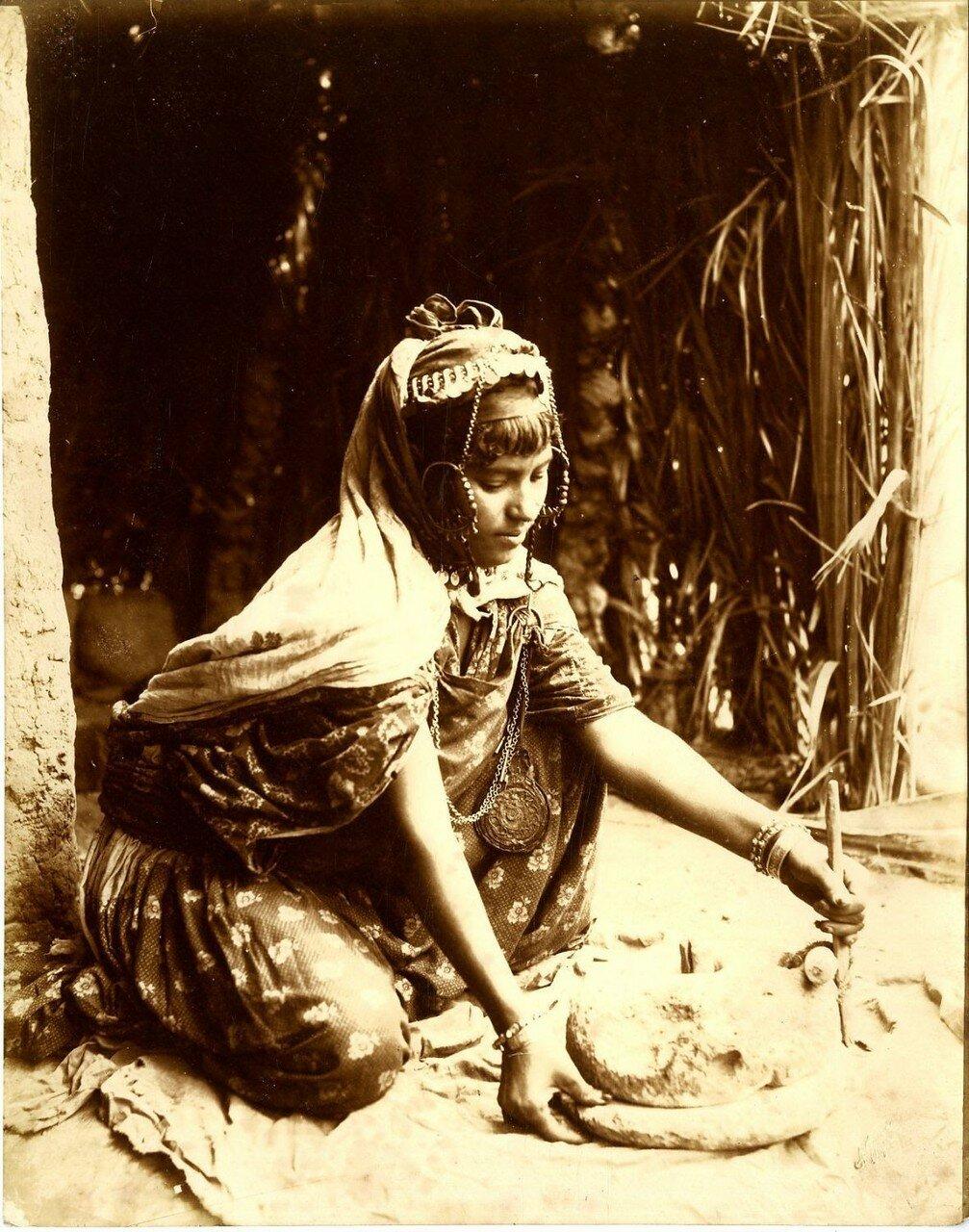 Женщина Улед-Наиль