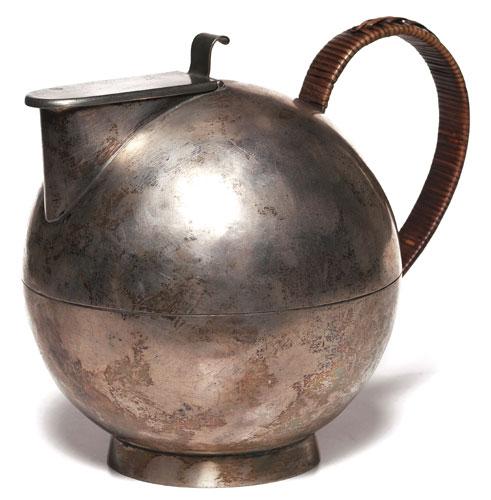 Bauhaus Tea Pot.jpg