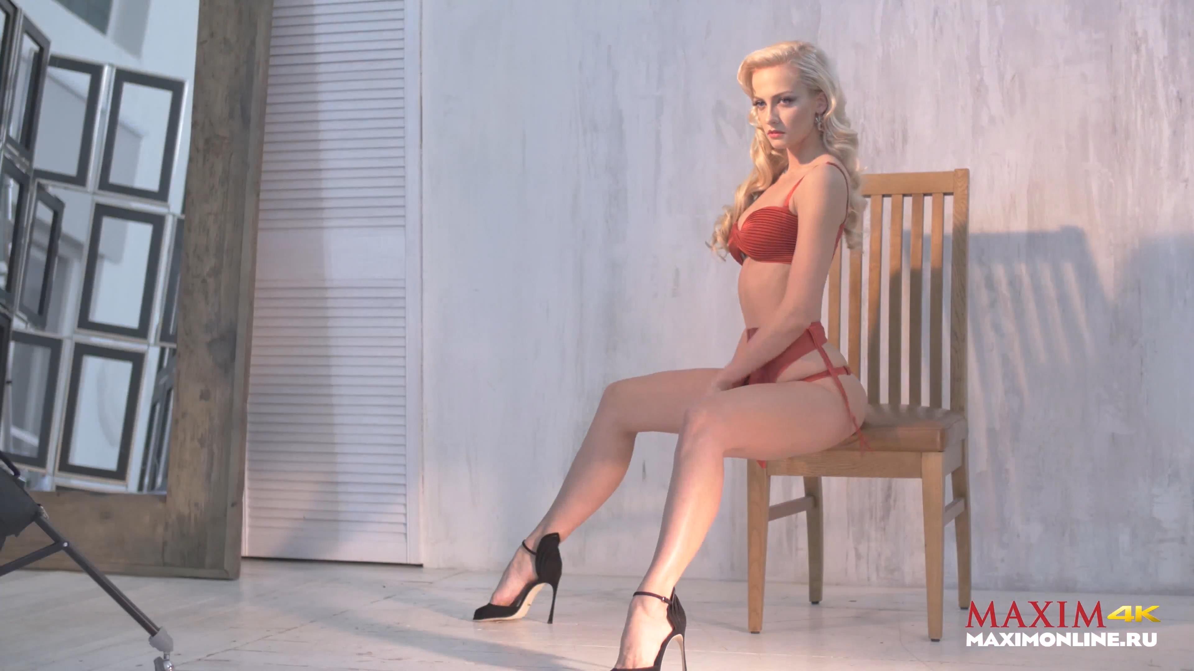 Секс полины максимовой видео ваша