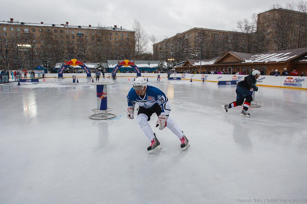 Red Bull Crashed Ice: национальный отборочный этап чемпионата мира - 13 декабря 2014 на стадионе Метеор
