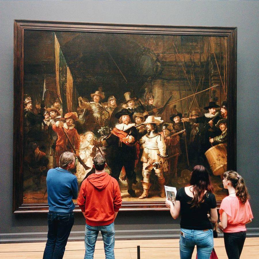 8. Государственный музей (Амстердам, Нидерланды) Центральное место в экспозиции музея , основанного