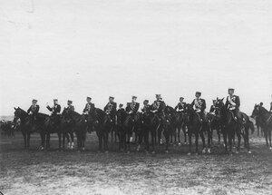 Группа генералов на параде в честь приезда итальянского короля Виктора Эммануила III.