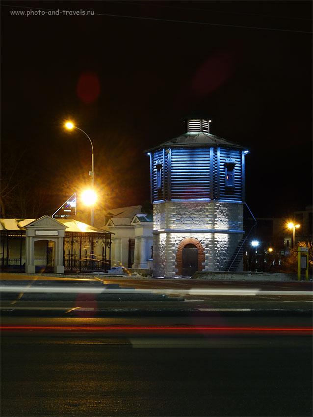 Фото 8. Водонапорная башня стала символом столицы Среднего Урала. Пример ночного снимка на мыльницу Sony Cyber Shot. 100, 18.14 (102), 8, 2