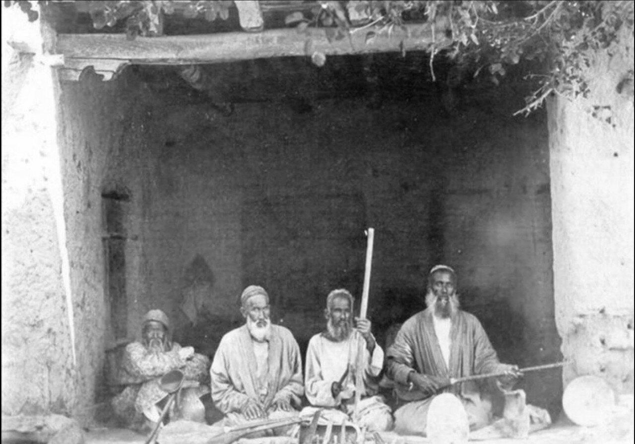 Бухарские музыканты