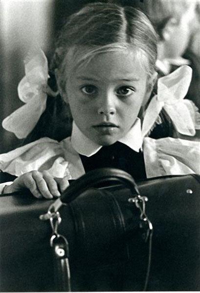 Первоклассница. Автор Филиппов Николай, 1970.jpg