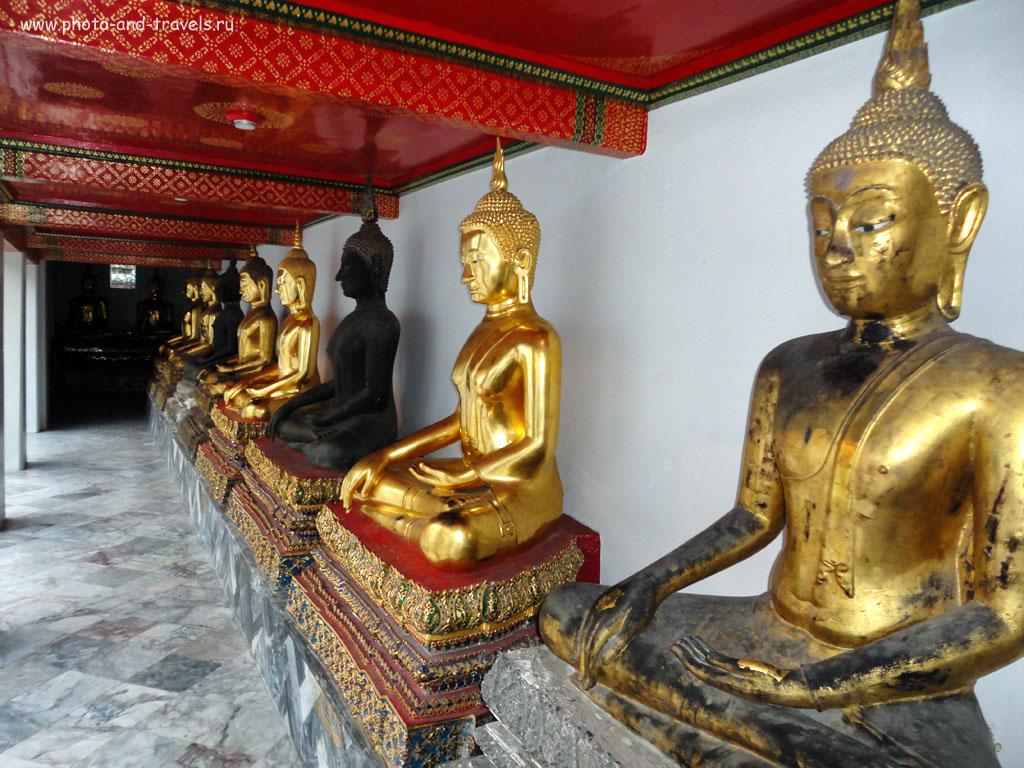 4. Статуи Будды в храме Ват Пхо в Бангкоке.