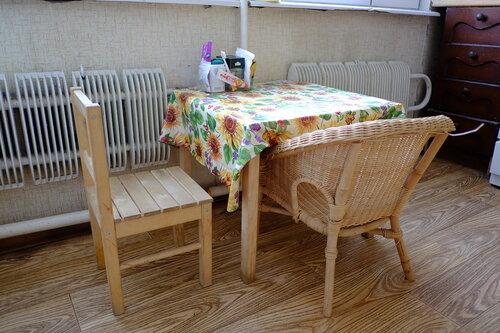 Кухня - маленький детский столик