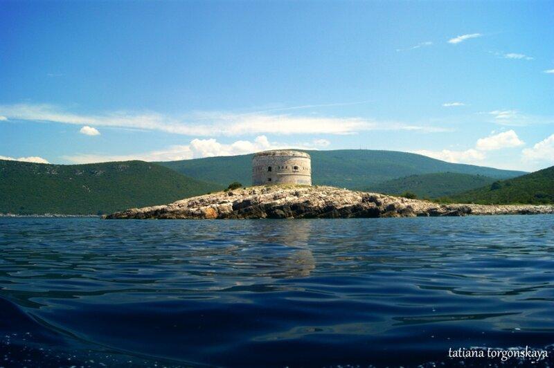 Крепость Арза - вид с моря