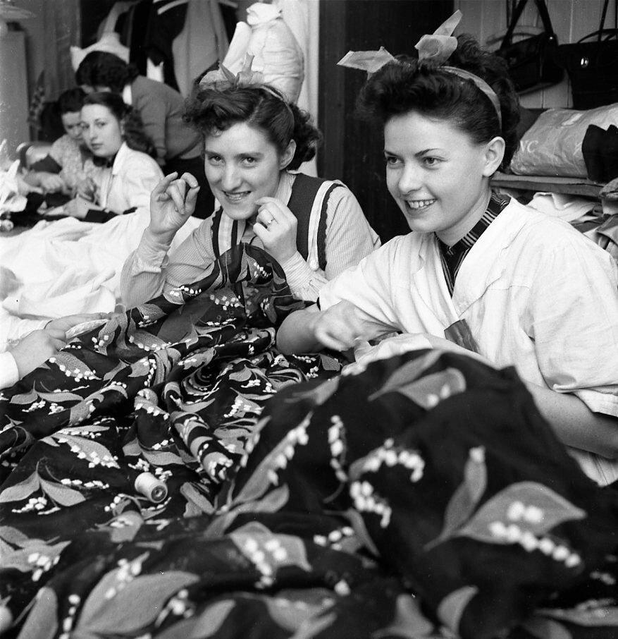 1953. Швейная мастерская Живанши