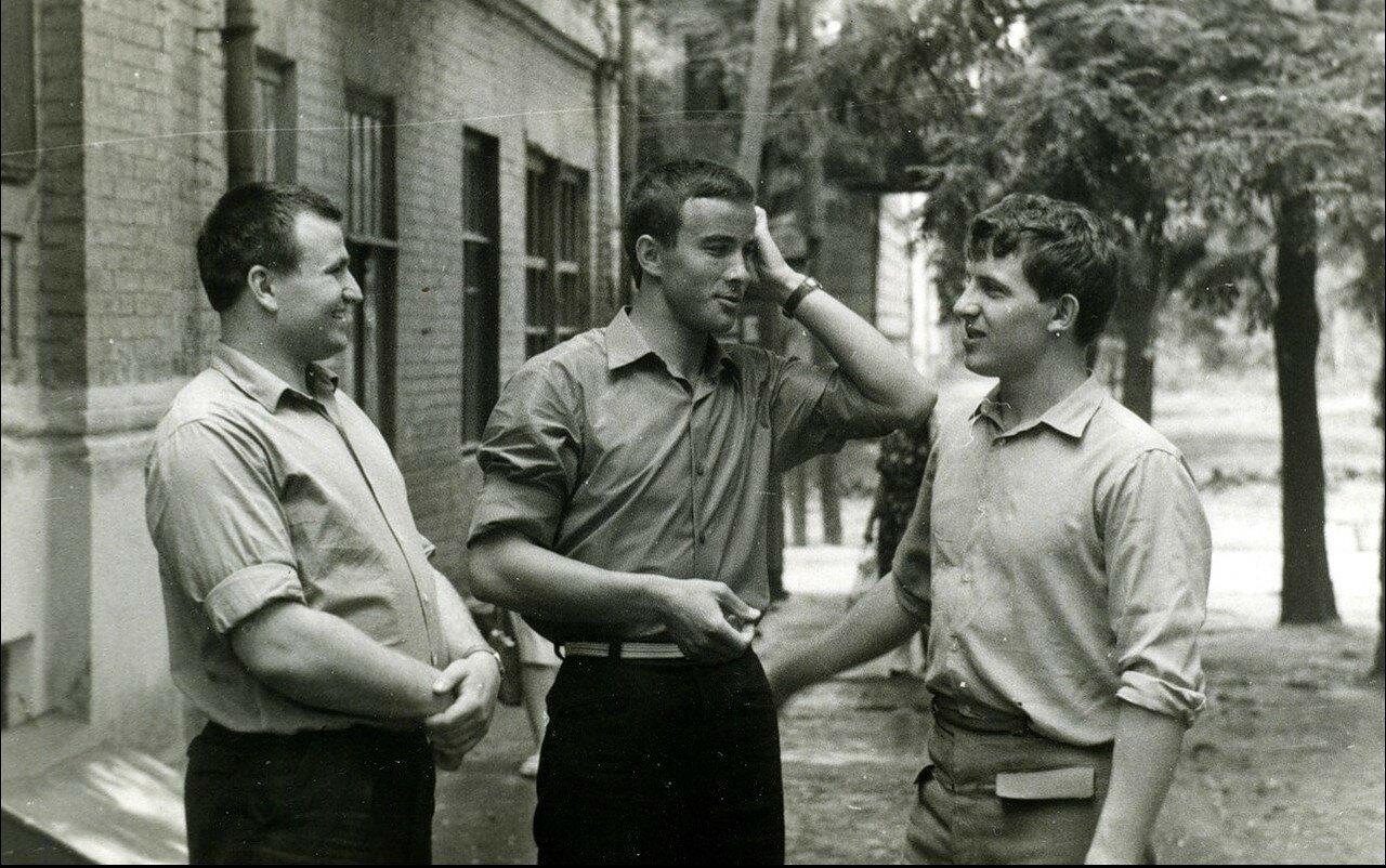 1968. После защиты диплома