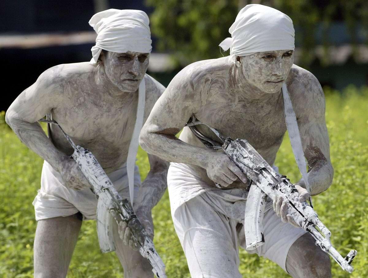 На учебном поле брани: Картинки из жизни бойцов различных спецназов (9)