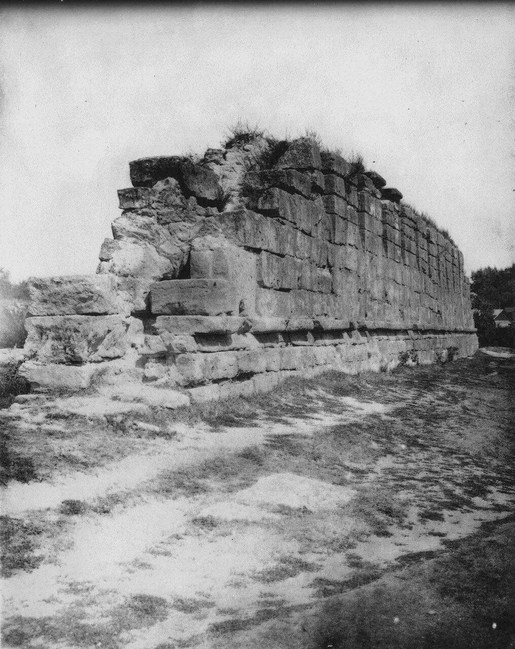Кремль, участок стены