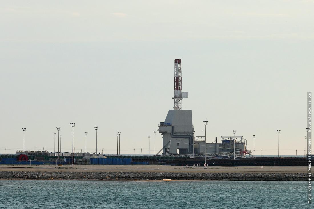 буровая в Тюб-Караганском заливе