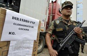 Власти Перу публично сожгли 5 тонн наркотиков