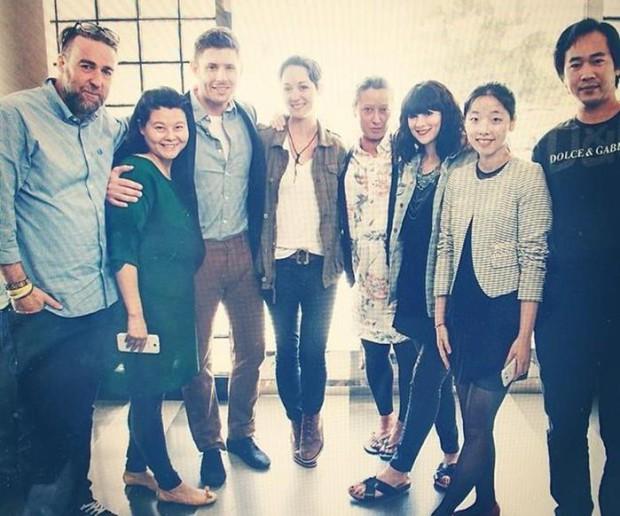 Дженсен Эклз ответил на вопросы журнала Harpers Bazaar China