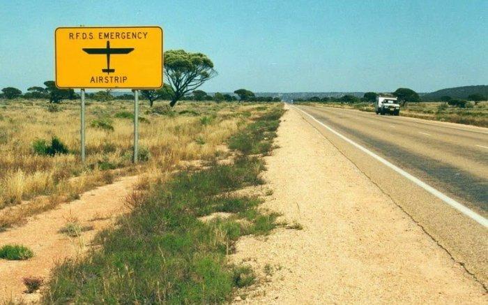 Самый длинный прямой участок дороги в мире