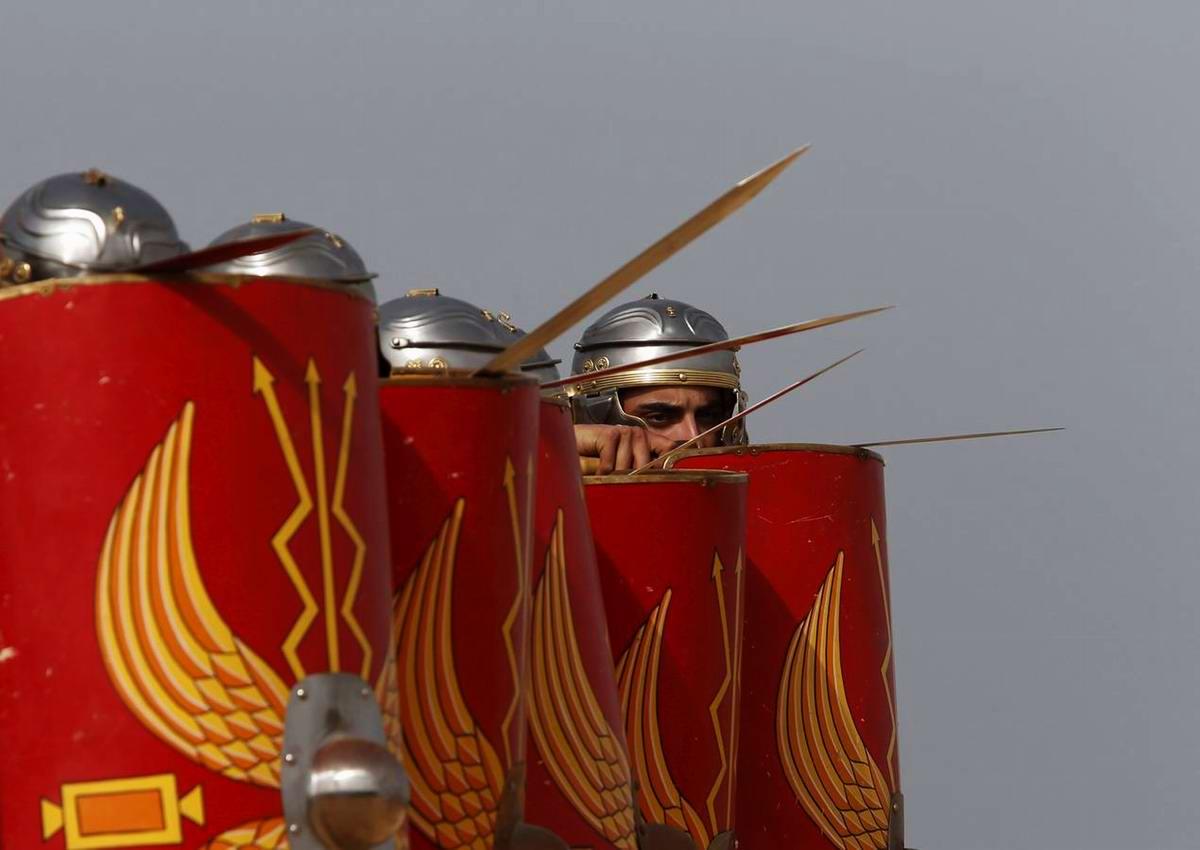 Легионеры армии Древнего Рима: Современный вариант попытки захвата острова Мальта (14)