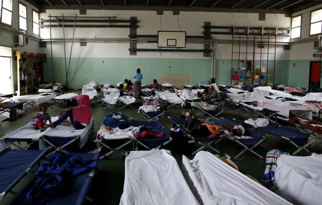 Ж/д вокзал итальянского Милана превратился в бомжатник: Миграционная политика ЕС (7)