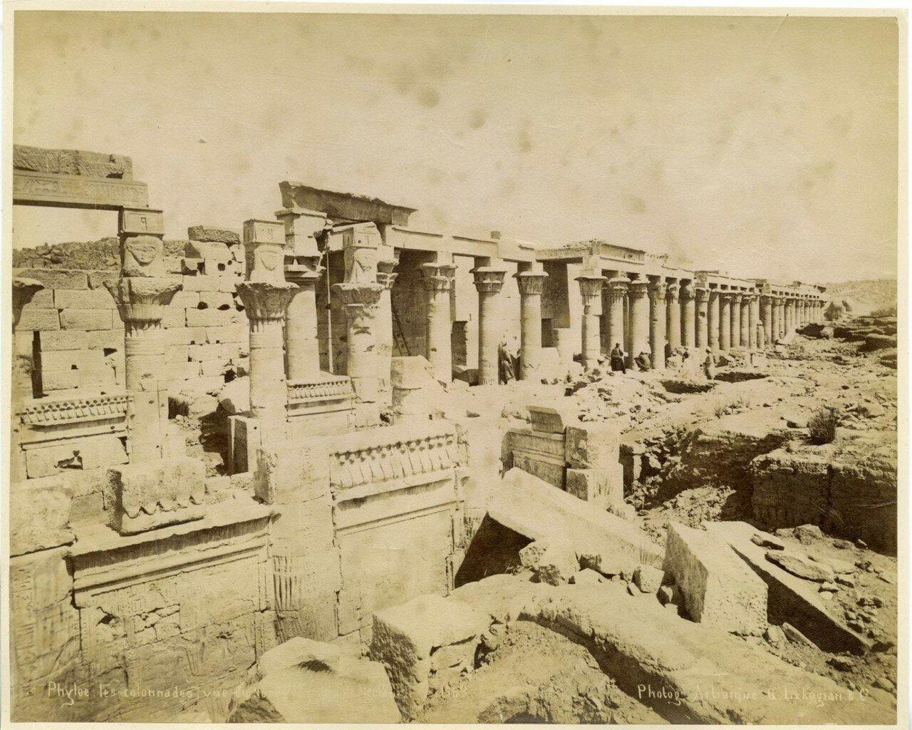 Филе. Колоннада храма