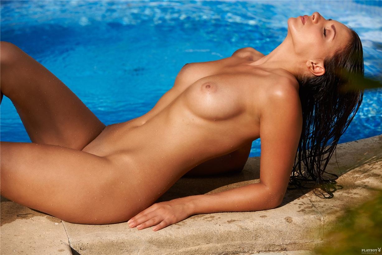 Смотреть красивые голые женские фигуры, Очень красивые фигуры голых женщин 14 фотография