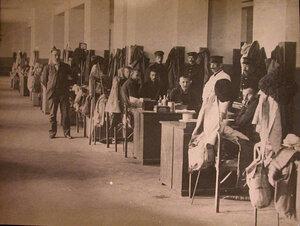 Раненые в одной из палат больницы.